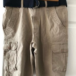 Men's size 32 polo club cargo shorts